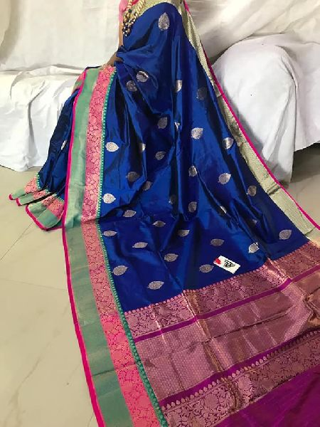 Pure banarasi pattu sarees with big border and blouse