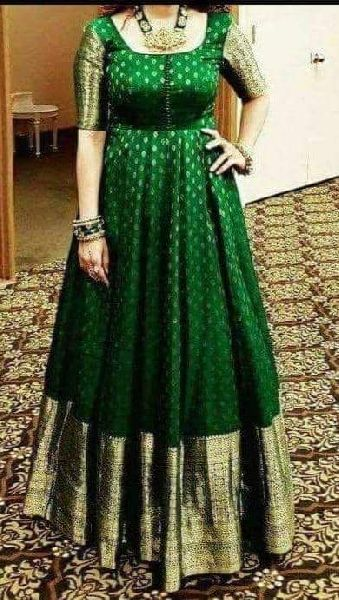 Traditional Handloom Designer Kanchi Pattu Sarees with contrast blouse
