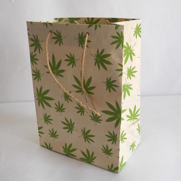 Hemp leaves printed bags