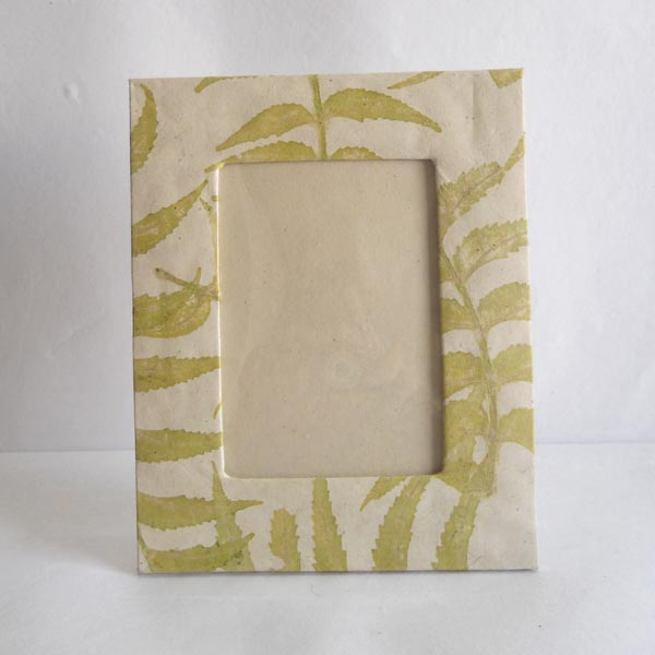 Hemp paper given real leaves impressions photo frame