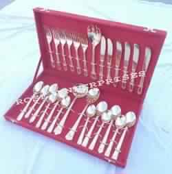 Brass cutlery item