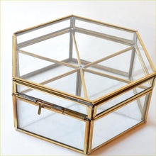 Six Angle glass jewelry box
