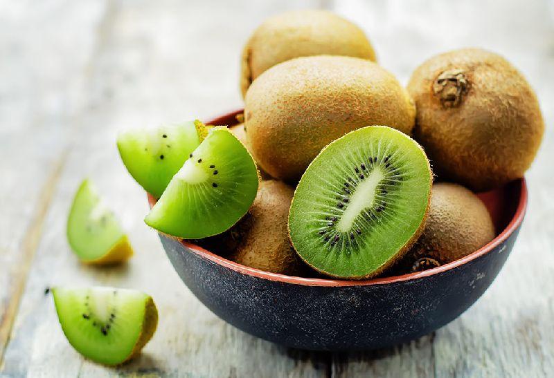 Fresh Italian Kiwi by IMMANUEL GROUP OF IMPORT AND EXPORT, fresh italian  kiwi   ID - 4570269