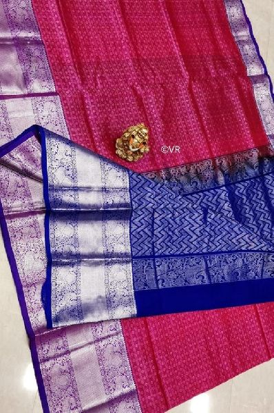 Pure gadwal pattu by pattu saree with silver kanchi border and plain blouse