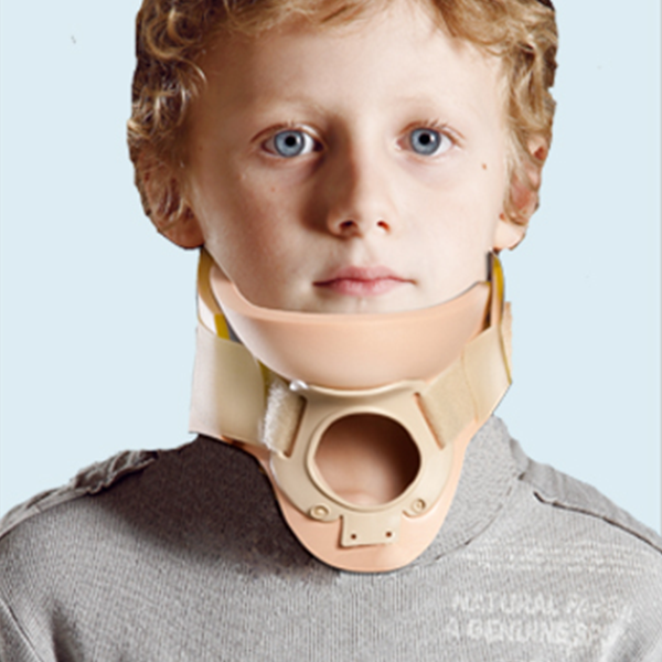 Collar with Trachea Opening