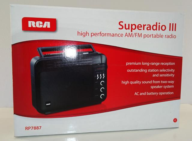 RCA Superadio III High Performance AM/FM Portable Radio, Model #RP7887