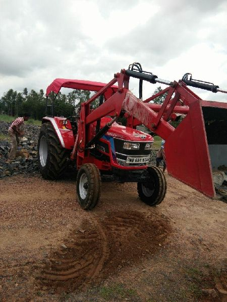 Tractor loader  (0004)