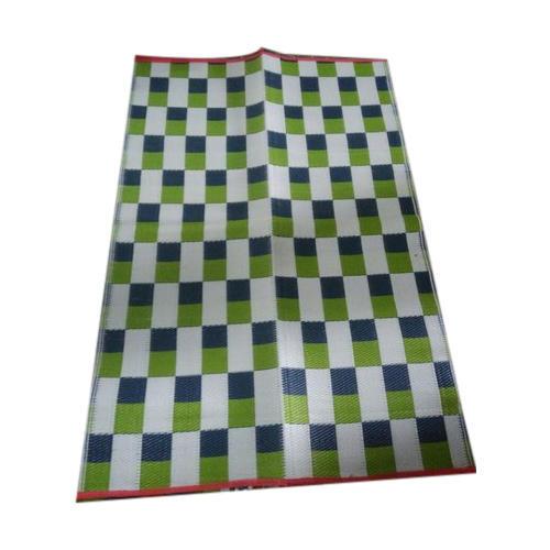 Checkered Plastic Floor Mat