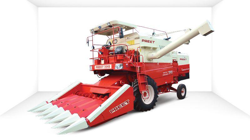 PREET 7049 Combine Harvester