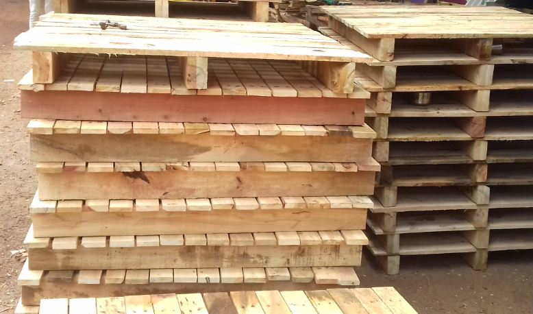 Pallets / Wooden Pallets Manufacturer in Andhra Pradesh India by Sreenivasa Enterprises. ID - 5193266