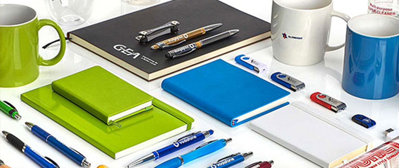 Buy customized corporate gifts from