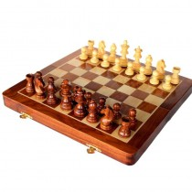 WOODEN MULTICOLOR CHESS