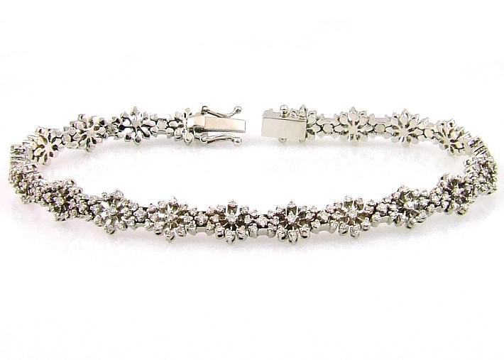 Diamond & White Gold Tennis Bracelet (CL2450)