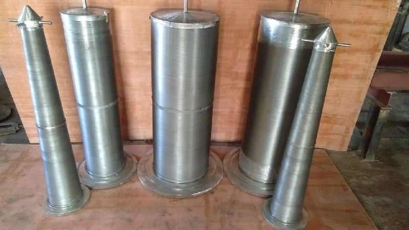 Notch Wire Carbamate Strainer
