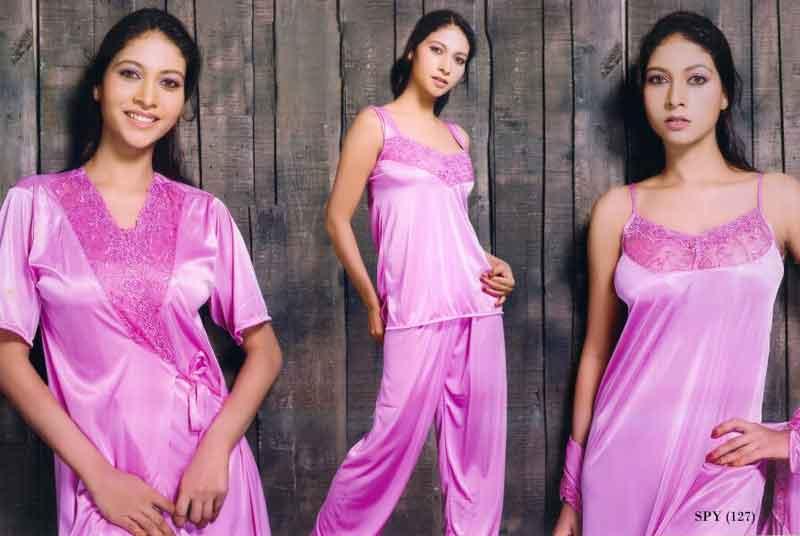 33a1dae23 4 Pieces Bridal Nightwear Set Manufacturer in New Delhi Delhi India ...