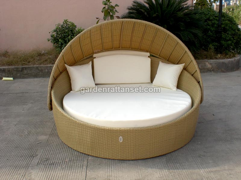 Excellent Rattan Daybed With Canopy Costco Manufacturer In Zhejiang Home Remodeling Inspirations Basidirectenergyitoicom