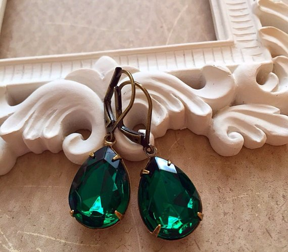 Emerald Earrings Victorian Jewelry Manufacturer & Exporters