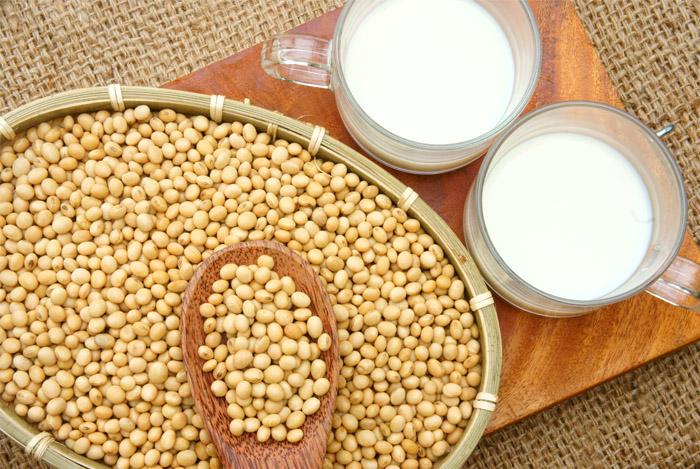 Soya Bean Seeds.. (Non-GMO SoyBeans)