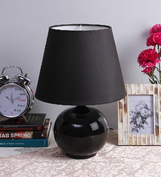 Round Black Ceramic Lamp