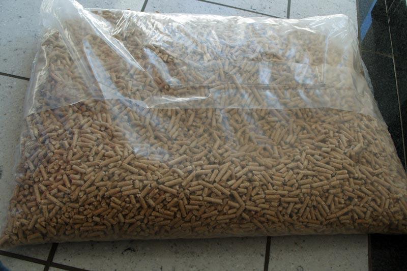 Biomass Wood Pellets 15Kg Bags for sale (pellets 001)