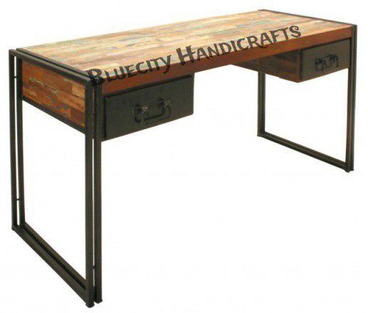 1402 Writing Desk