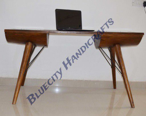1403 Writing Desk