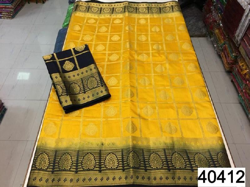 Pure raw silk With contrast blouse With contrast pallu