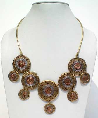 Fashion Necklace - A-Ent (112) (Fashion Necklace - A)