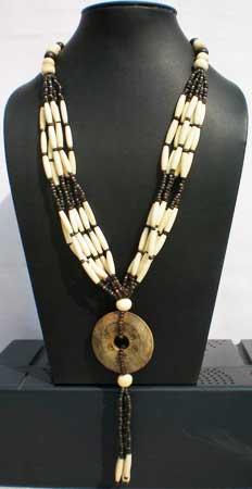 Fashion Necklace - A-Ent (114) (Fashion Necklace - A)