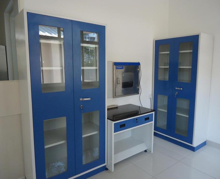 Laboratory Furniture Manufacturer in Chennai Tamil Nadu India by