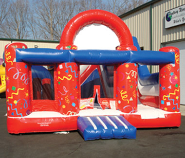 Traditional 6-n-1 Inflatable Moonbounce