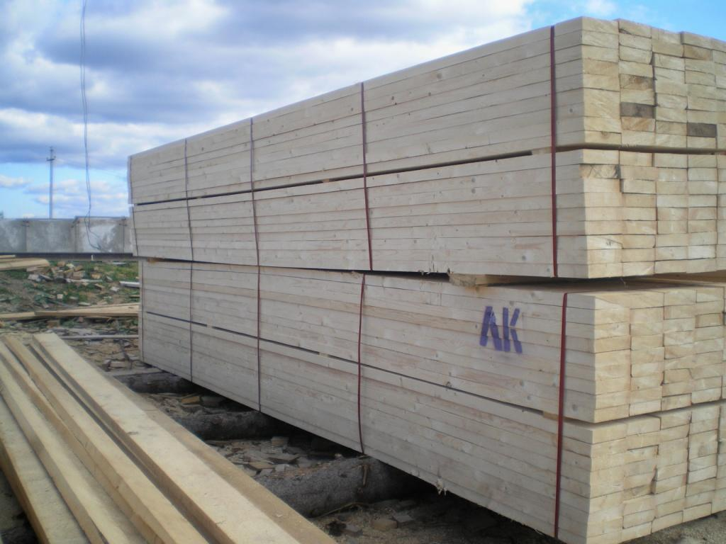 Sawn timber pine spruce manufacturer in russian federation