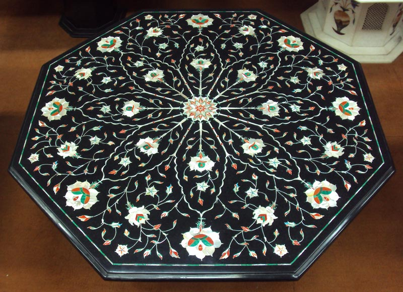 Black Marble Inlay Table Top Manufacturer In Agra Uttar
