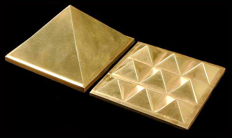 Copper Pyramids Manufacturer in Maharashtra India by Apsara Exports