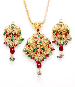 Kundan polki pendant set manufacturer in maharashtra india by cjtl kundan polki pendant set kp 92844 aloadofball Choice Image