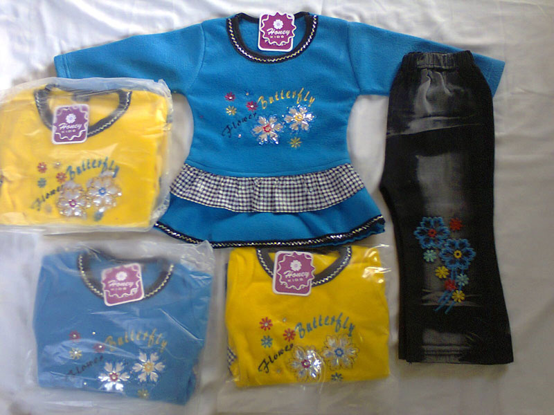 7863a2b44 Buy Baby Frocks from Ahmed Garments