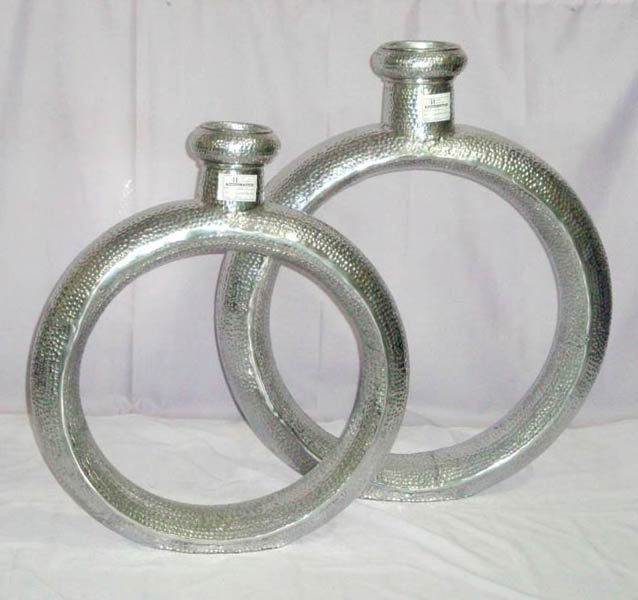 Aluminium Flower Vases Manufacturer Manufacturer From Moradabad