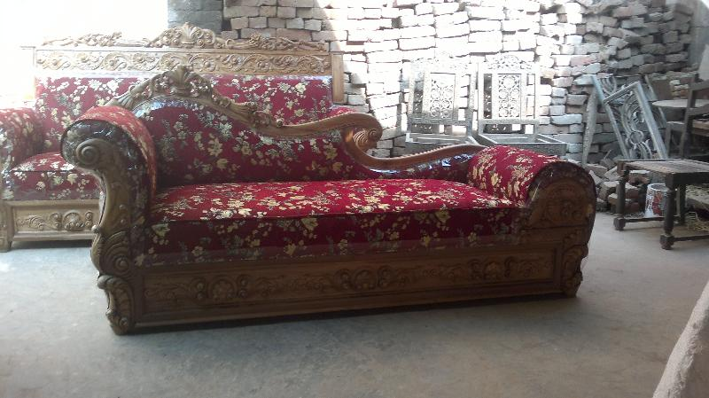 Wooden Diwan Sofa