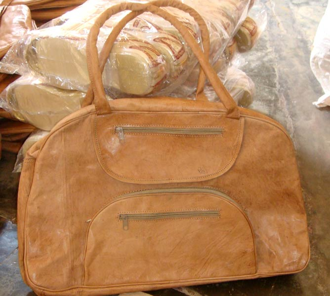 Buy Stylish Camel Bags From Mojari Exporters India Id