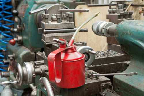 Machine Oil Manufacturer in Delhi Delhi India by Seema Lubritech