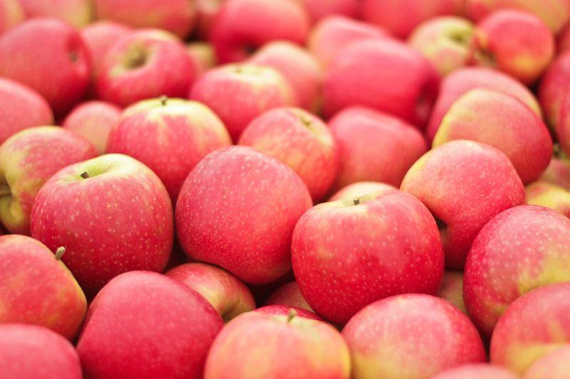 Fresh frozen IQF fruits apricot