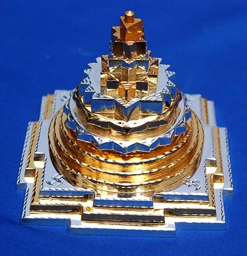 Meru Chakra Sri Yantra (M100)