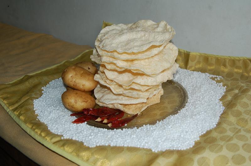 Buy Rice Papad from Gruha Suvidha Udyog, India   ID - 2372090