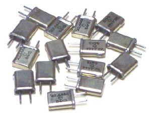 Electronics Crystal Oscillator