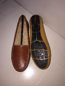 Ladies Comfort Shoes