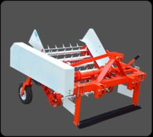 Groundnut Harvesting Machine