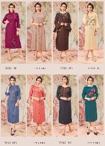 Hand Embroidery Kurtis Manufacturers Suppliers Exporters In India