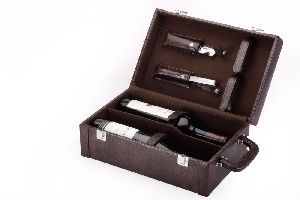 Wooden And Leather Wine Box