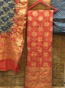 Gadwal Silk Bandhini Top With Pure Banarasi Silk Bandhini Dupatta