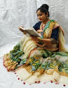Handloom Pure Linen Print Saree Uses Ethnic Designs And Vivid Colours